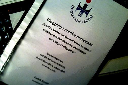 Forsiden på bacheloroppgaven i journalistikk.